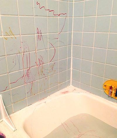 Bath tub crayons in action