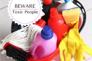 Beware of Toxic People || Atlanta Area Moms Blog ||