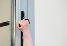 The Door Guardian: Childproof Lock Must Have