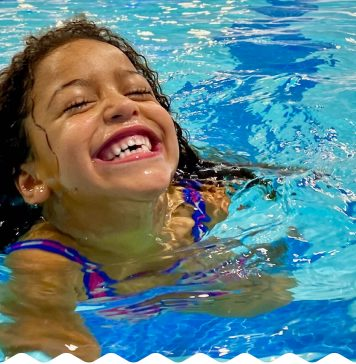 10 Reasons to Give the Gift of Swim Lessons this Holiday Season