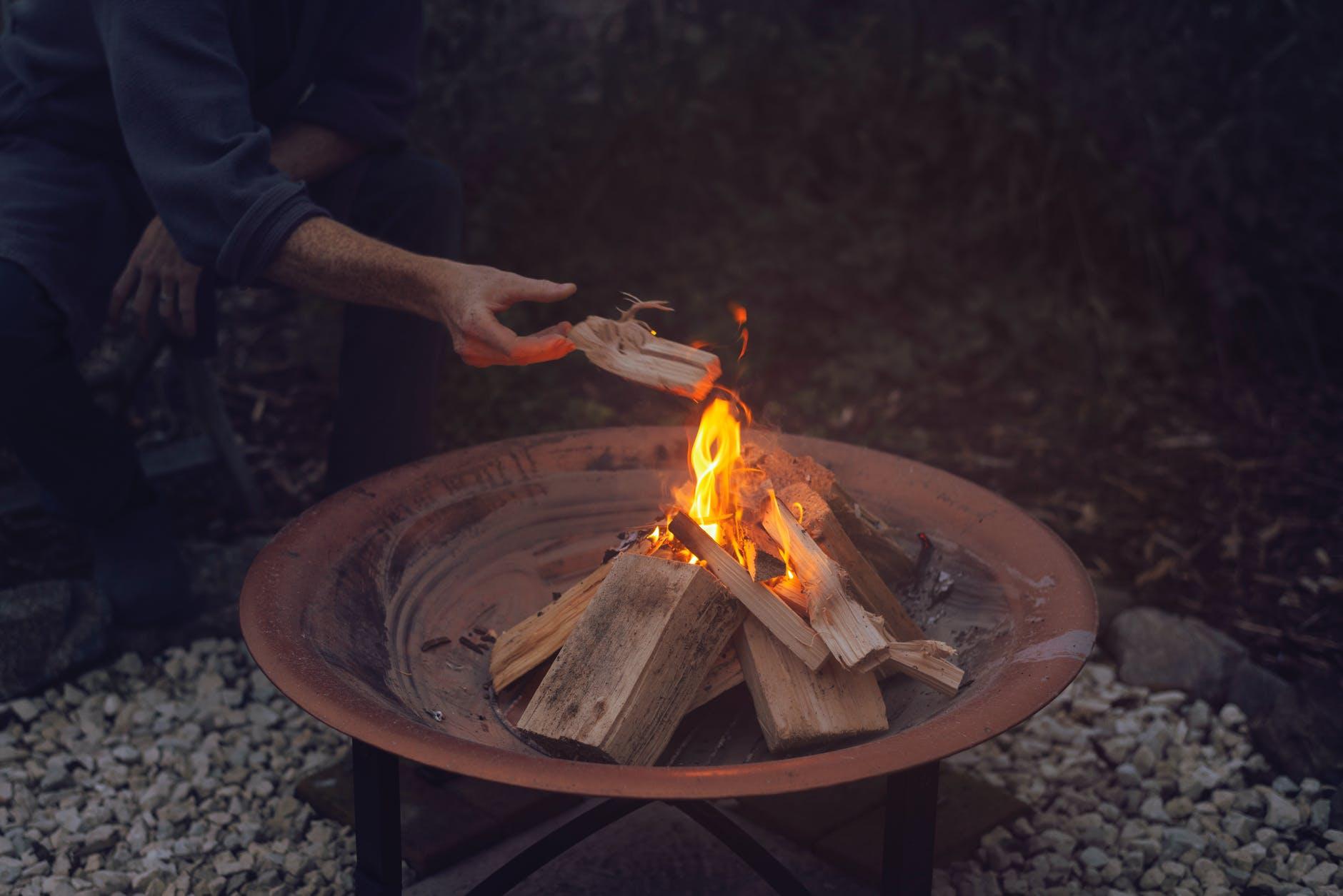 3 Ways to Enjoy a Fire Pit